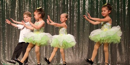 Boys and girls tap lessons in Newton, MA.