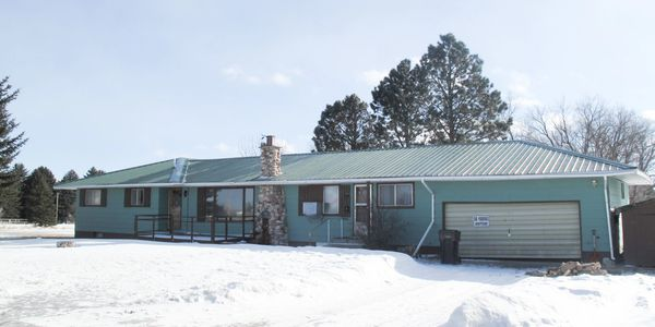 Winner Realtor 751 E 3rd St, Mission, SD