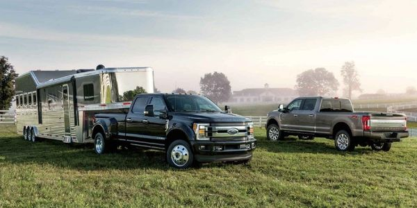 Ford Super Duty F-250 F-350 F-450 XLT King Ranch Platinum Limited Lariat