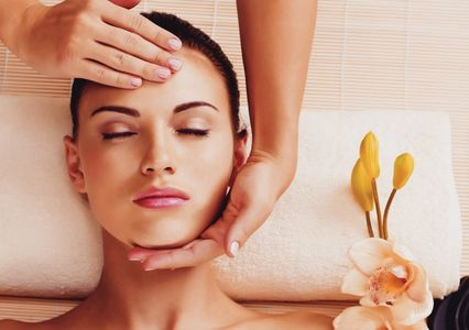 Facial, Botanical Facial Massage, Bellanina Facelift Massage