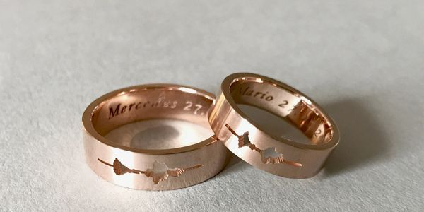 14K pink gold custom sound waveform wedding ring