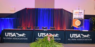 Uplighting of UTSA Ring Ceremony