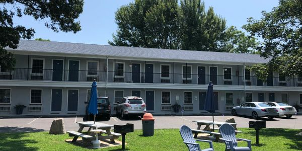 Located in back of property with 20 rooms with one ADA Accessible queen sized bed.