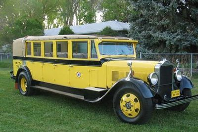 White Motor Company - Model 614, Custom Touring Coach by Bender Body