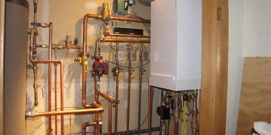 Boiler experts install maintenace and troubleshooting hydronics, controls, pumps, chemical treatment