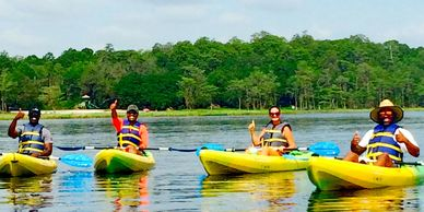 Kayak tours and kayak lessons at Lake Louisa state park.
