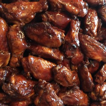 """BIG DADDY BOURBON WINGS"""