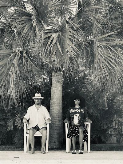 black and white image of Dave Stewart and Iris Gold in the Bahamas.