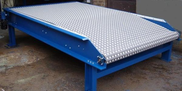 large heavy modular belt conveyor for the aerospace industry