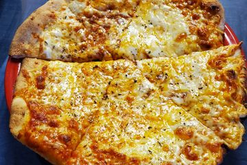 3 Cheese Pizza