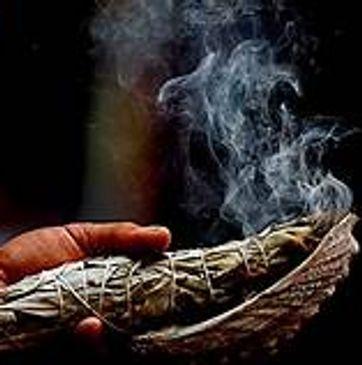 Moon Phases & Rituals | La 5th Elements