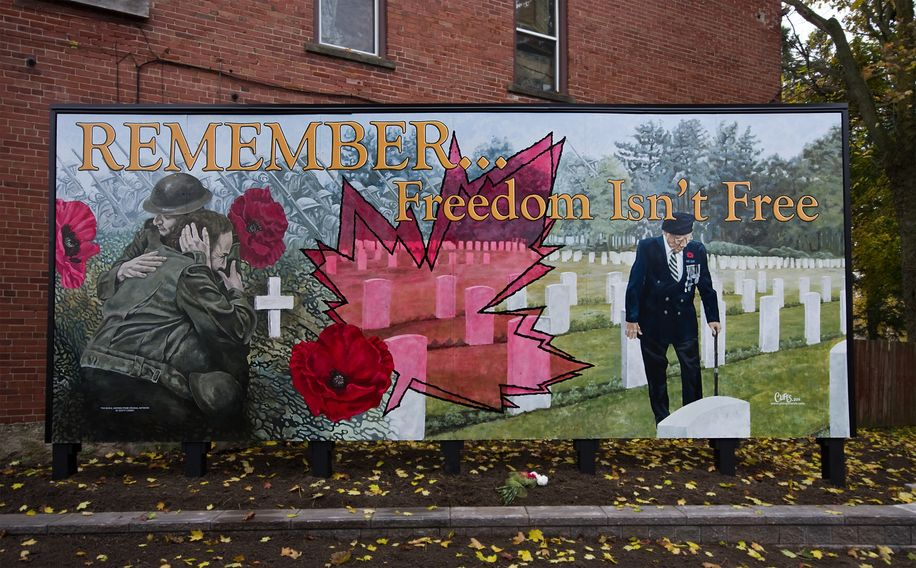 Remembrance mural. large mural. Canadian mural. great and best mural. hand painted