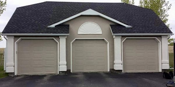 Painting stucco garage