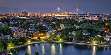 Take an evening walking history tour of Charleston south Carolina with Chucktown tours