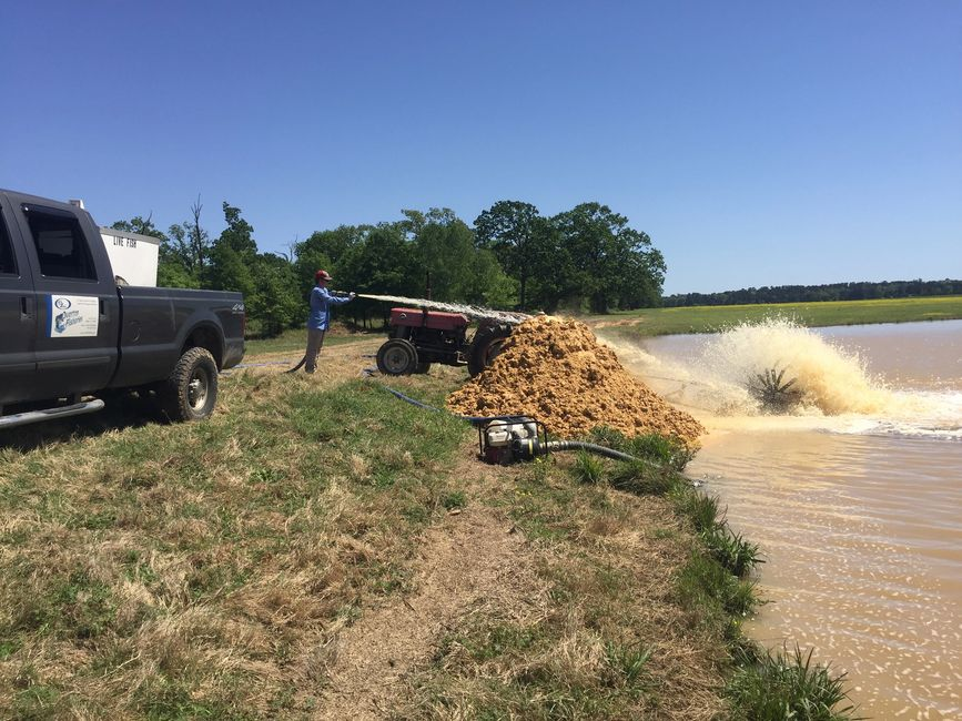 Overton Fisheries Offers Lake Clearing Services with Gypsum.  Clearing Muddy Water in Texas.