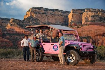 PINNK JEEP TOURS