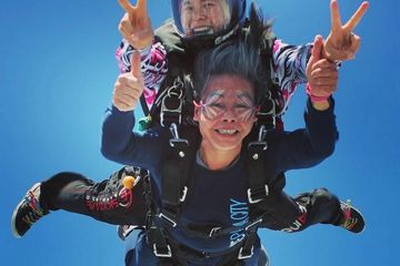 Kristen takes her mom on a tandem skydive at Skydive Panama City.