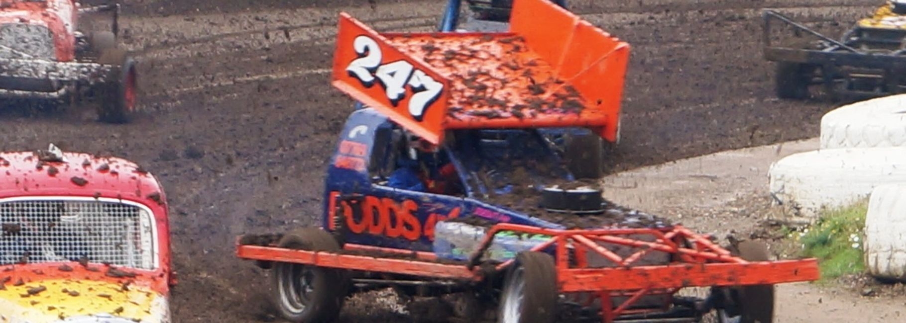 Brisca heritage and V8 tour cars racing