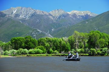yellowstone river float trips. guided fly fishing montana. bozeman montana fly fishing