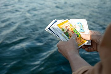 Tarot Reading, Vancouver Psychic, Intuitive Readings. Astrology, Classes, Spiritual development