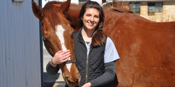 Dr. Bucci with her horse, Sam