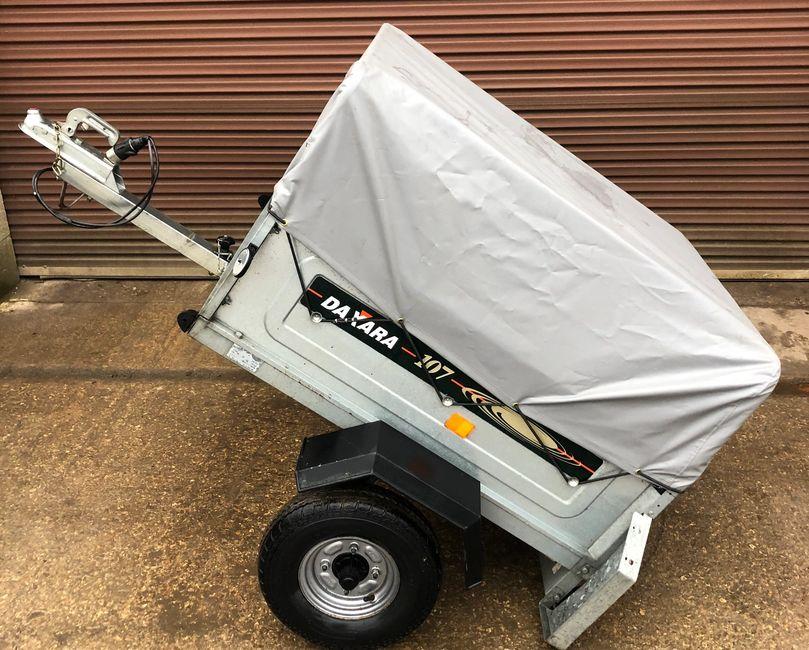 Daxara 107 Camping Trailer with waterproof cover & increased storage frame