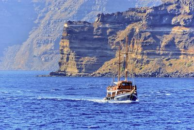 Yoga Pathway to Ancient Greece Group Retreat: Day 4 Exclusive Yoga Day Cruise around Santorini
