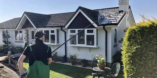 Cleaning a park home roof safely