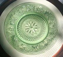 vintage salad plate in the sandwich pattern, chantilly green