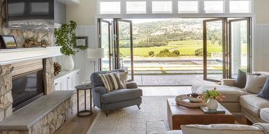 Modern Farmhouse on a Vineyard Knoll