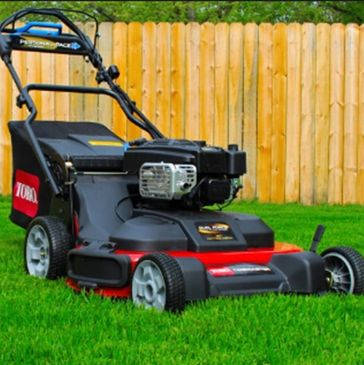Lawn Care in winnipeg. Mowing and Lawn Maintenance.