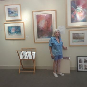 Main Street Gallery - Casse with Forczek's paintings and prints