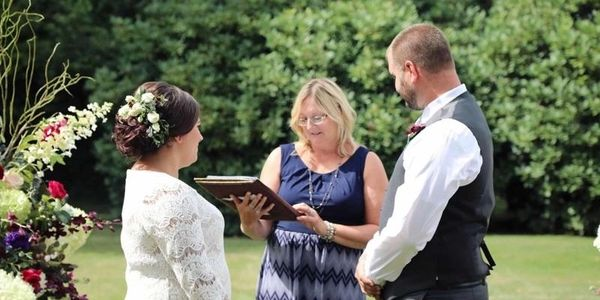 Judy Thompson, CT Justice of the Peace, CT wedding officiant, CT wedding venue, CT minister