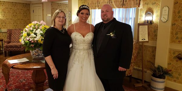 Judy Thompson, CT justice of the peace, CT wedding officiant, CT wedding venue