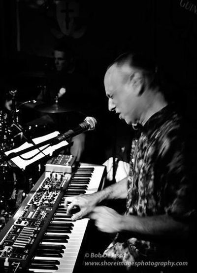 Jeff Pearlman - Keyboards & Vocals