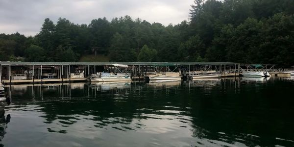 Houseboat, mooring, boat storage, pontoon, bass boat, fishing, great smoky mountains national park