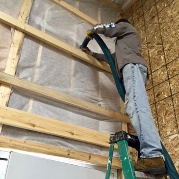 Greenshield Insulation contractor in Kalamazoo, MI. Spray foam, attic insulation, and much more. Contact GSI for a free estimate.