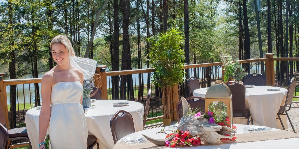 With gorgeous views of Kick Back lake the social deck is the perfect place to have your reception!
