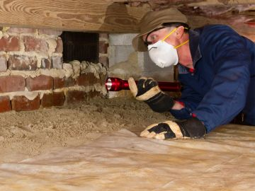 Home Inspection of crawl space