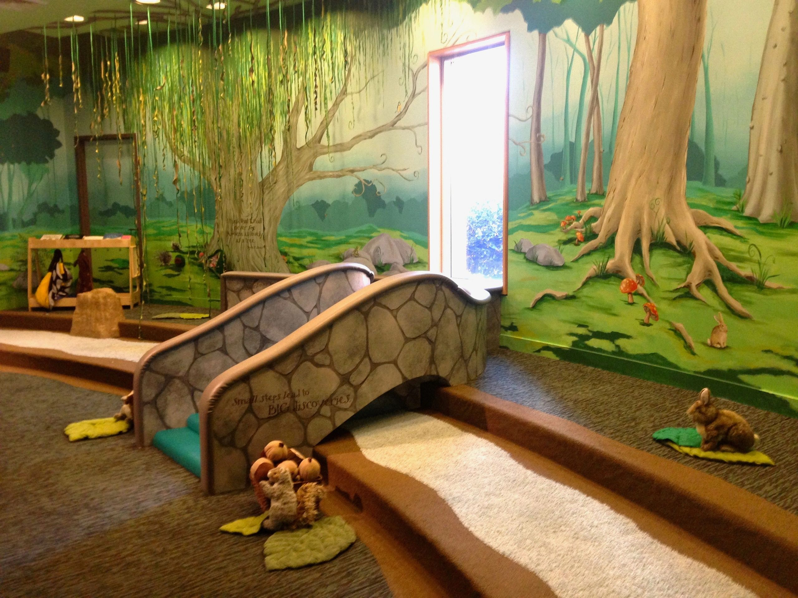 "{""blocks"":[{""key"":""94ifb"",""text"":""Physical spaces and entrance ways become invitations for exploration with interactive murals such as this one in Toddler's Hollow at Marbles Kids Museum, by Denise Hughes"",""type"":""unstyled"",""depth"":0,""inlineStyleRanges"":[],""entityRanges"":[],""data"":{}}],""entityMap"":{}}"