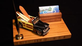 DESK SET TROPHY SURF WOODY