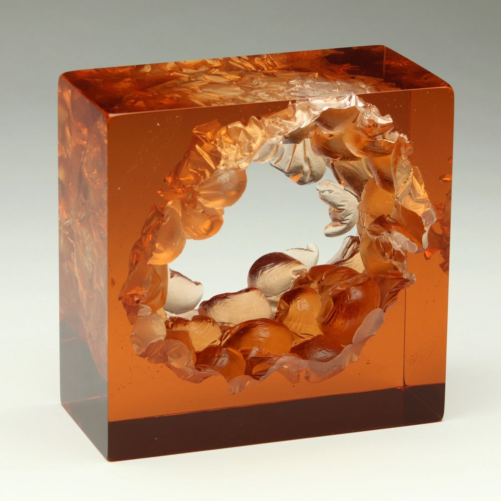 Peach Bubble Wrap Cube, 2018, cast glass,