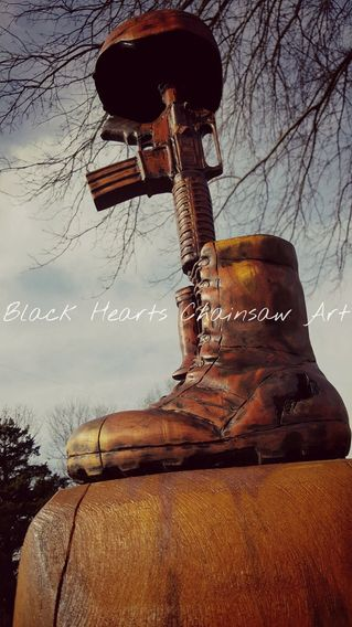 Soldier's Memorial / Batlle Field Cross Wooden sculpture carved by Black Hearts Chainsaw Art