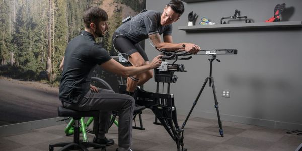 Bicycle fitting, custom bicycle, bike fitter, bicycling service, retul