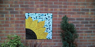 Here you can find all types of flower mosaics which particularly will do great in your garden