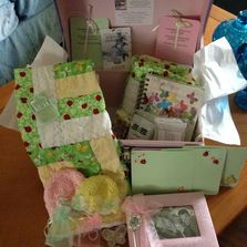 Margaret's Memories provides memories in a donated box to the parents of a lost child who died.