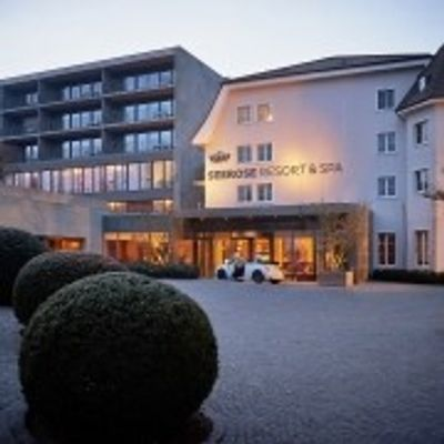 Beautiful 4* Spa Resort by the Laek Hall