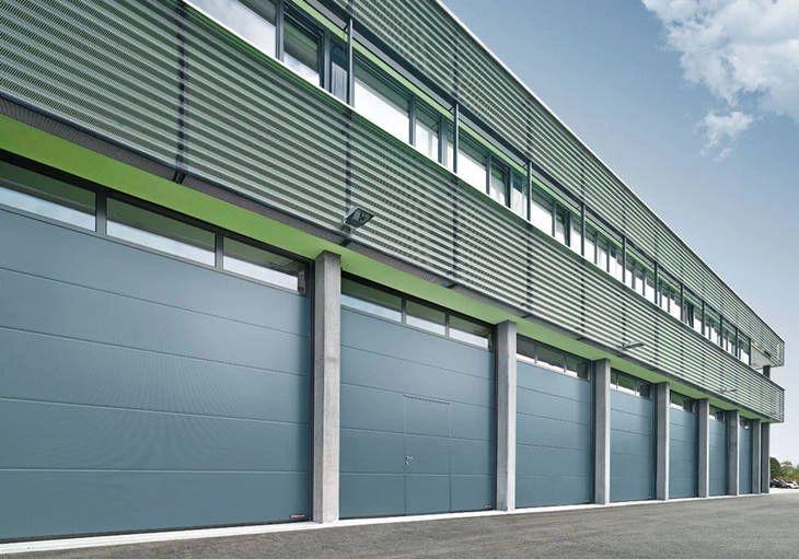 Why Prompt Commercial Garage Door Repair Is a Must