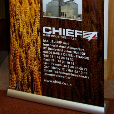 pull up banners, pop up displays, hanging banners