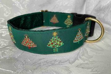 Pine green dog collar with Xmas Trees